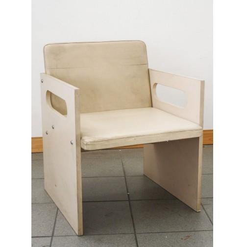 Sedia vintage design anni 70 80 in legno e pelle minibal cubik for Sedia design anni 70